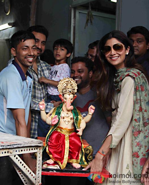 Shilpa Shetty Kundra along with hubby Raj Kundra and son Viaan welcomed Bappa home