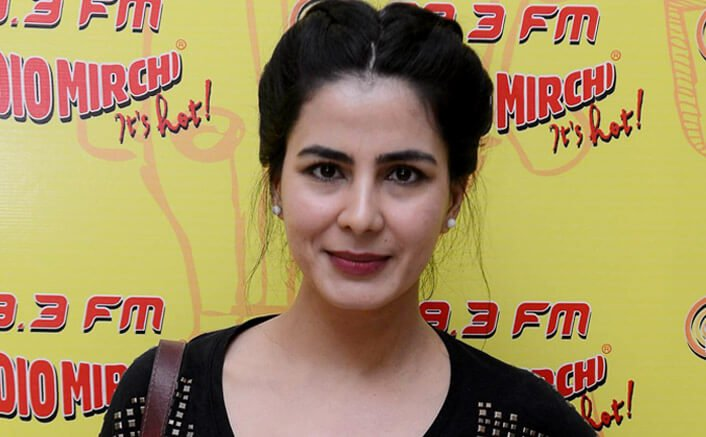 Films are made of characters, not on one person: Kirti