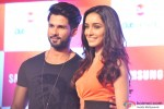 Shahid Kapoor and Shraddha Kapoor during the promotion of Haider with Club Samusung Pic 1