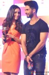 Shraddha Kapoor and Shahid Kapoor during the promotion of Haider with Club Samusung Pic 1
