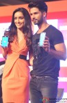 Shraddha Kapoor and Shahid Kapoor during the promotion of Haider with Club Samusung Pic 2