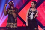 Honey Singh and Shraddha Kapoor during the promotion of 'Haider' on the sets of 'India's Raw Star' Pic 2