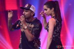 Honey Singh and Shraddha Kapoor during the promotion of 'Haider' on the sets of 'India's Raw Star' Pic 3